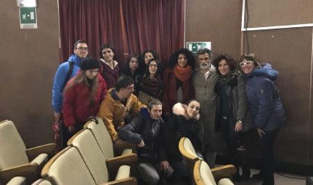 """Gli alunni del Liceo Musicale assistono alla pièce teatrale """"Uno, nessuno centomila"""""""