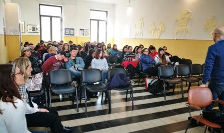 Gli studenti del Liceo Artistico decoreranno gli ambienti del reparto di ematologia del Perrino