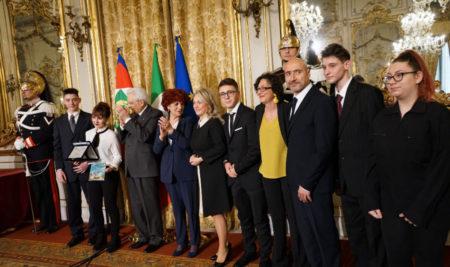"""Liceo """"Simone-Durano"""" premiato al Quirinale La delegazione riceve il premio 'Madri della Costituzione"""" dal Presidente Mattarella"""