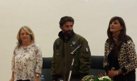 L'incontro con Carlo calcagni:un lungo brivido di emozione.    di Daniela Franco