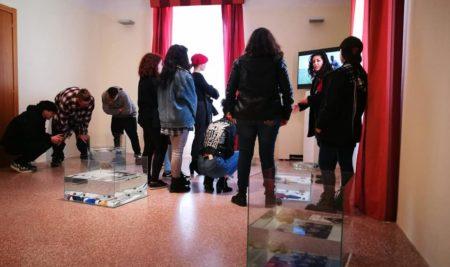 Gli alunni del Liceo Artistico visitano la mostra SPAZI LIBERI