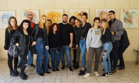 Gli alunni visitano la mostra dell'artista Fabrizio Relè Distante