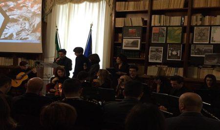 """Giornata della Memoria Tra medaglie alla memoria, interventi delle autorità e dei vari studenti delle scuole brindisine, anche l'IISS """"Marzolla Leo Simone Durano"""" ha fatto la sua parte ieri mattina"""