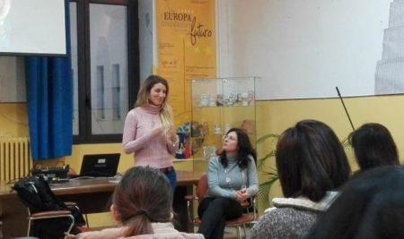 Genitorialità e prevenzione contro le sostanze stupefacenti La scrittrice Giorgia Benusiglio ospite dell'IISS Marzolla-Leo-Simone-Durano