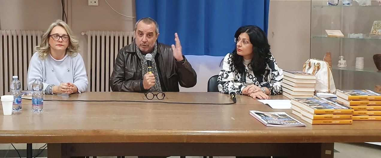 Incontro con lo scrittore e giornalista Franco Di Mare per gli studenti del Liceo Artistico Musicale Simone Durano